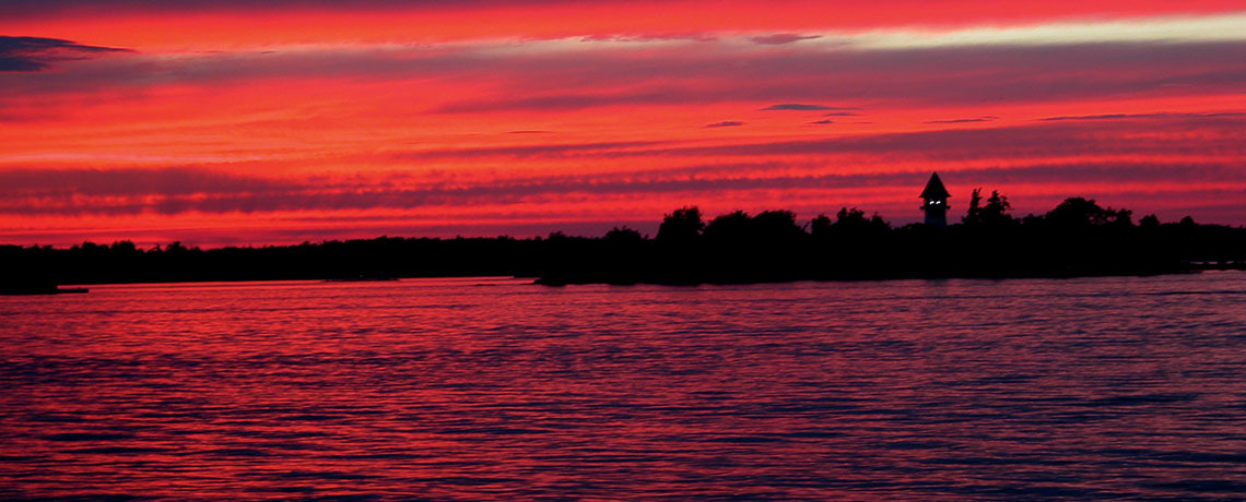 """""""Riverfront Dining with Romantic Sunsets"""""""